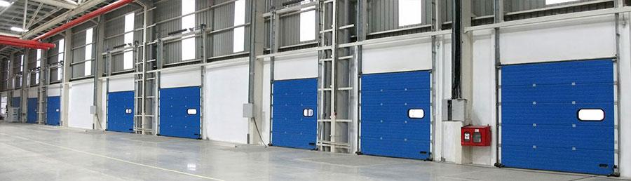 Cửa Panel Trượt Trần mở theo phương thẳng đứng